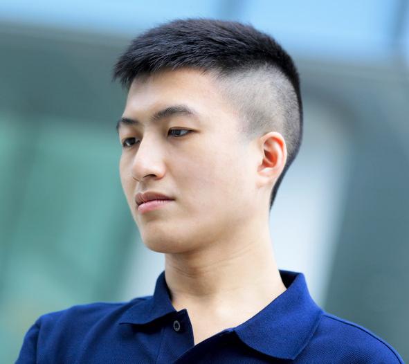 Model Rambut Pria Korea Pendek dan Rapi