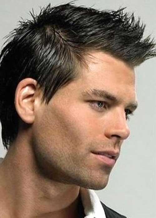Model Rambut Spike Pria dengan Warna Hitam