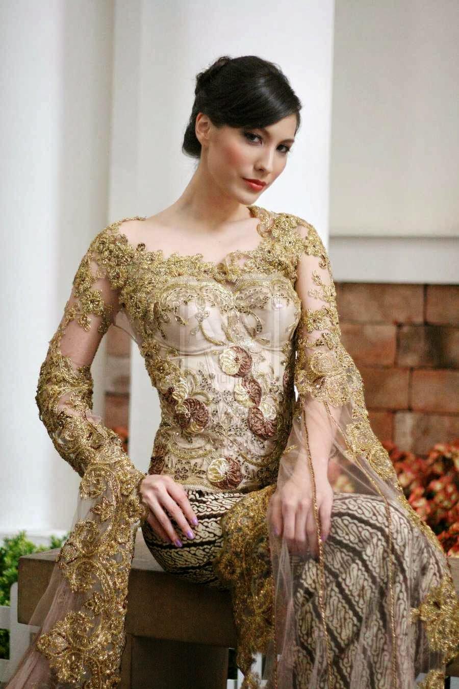 Baju Kebaya Pengantin Modern dengan Warna Gold dan Coklat