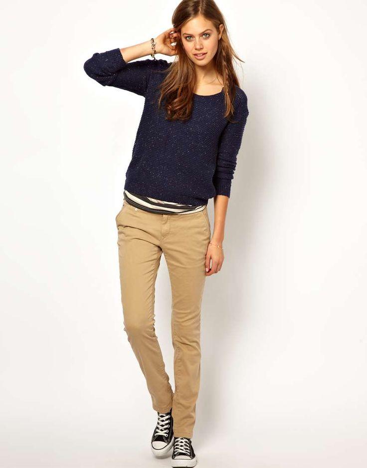 Model Celana Chino Wanita Terbaru 2