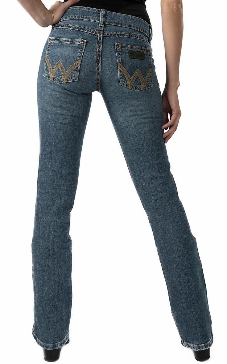 Model Celana Jeans Boot Terbaru 2