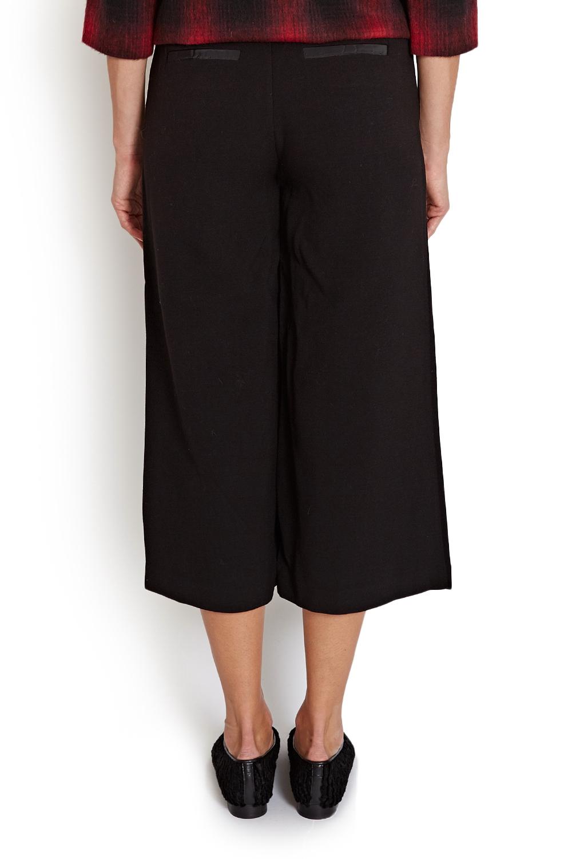 Model Celana Kulot Wanita Terbaru 2