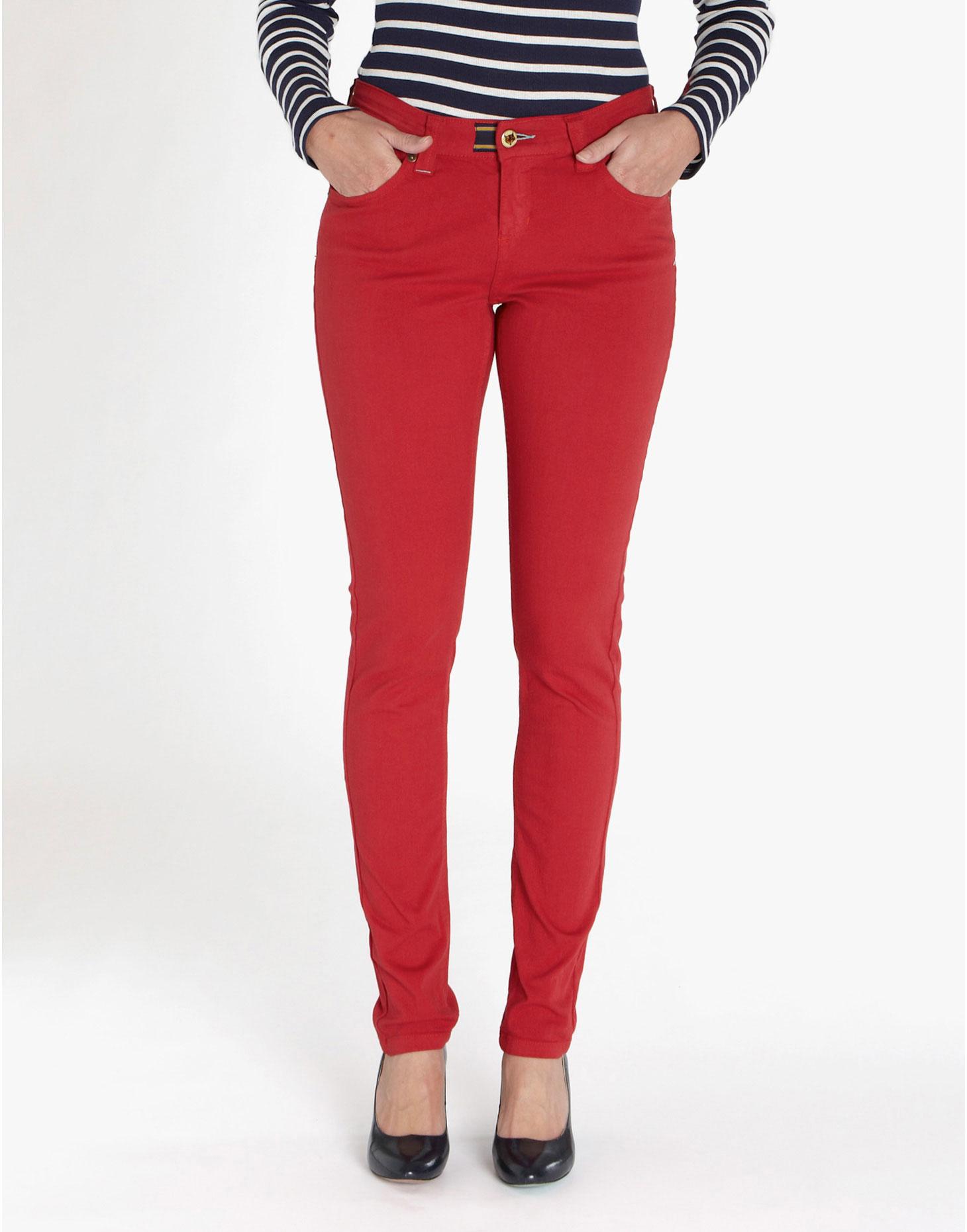 Model Celana Pensil Wanita Terbaru 4