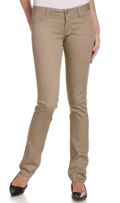 Model Celana Pensil Wanita Terbaru