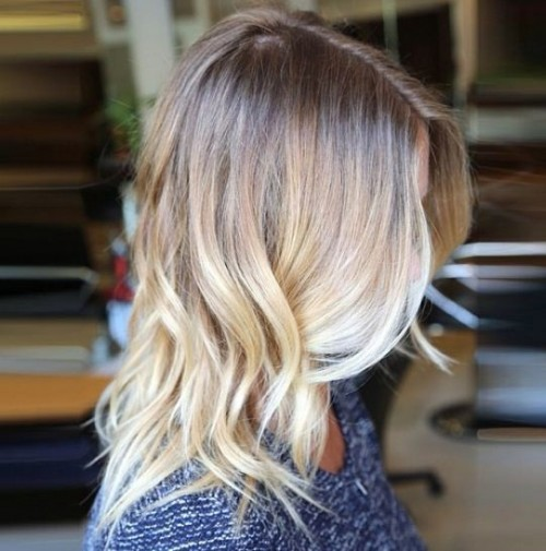 Model Rambut Ombre dengan Warna Terang
