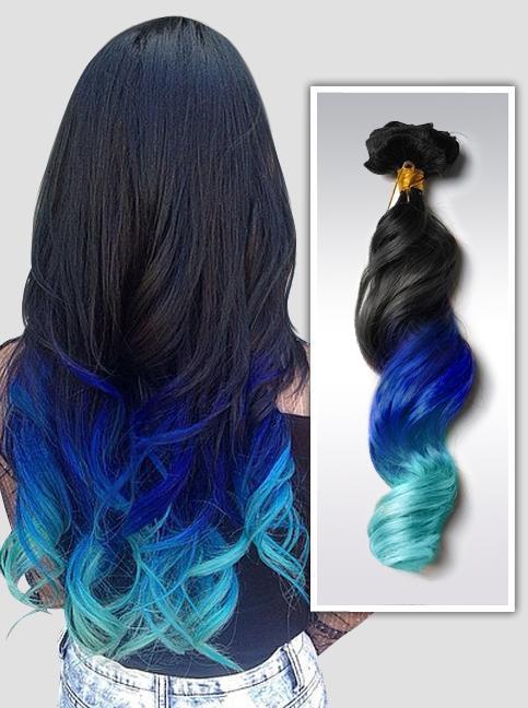Model Rambut Ombre dengan Warna Ungu dan Biru