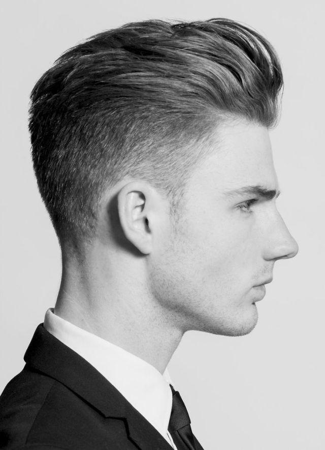 Gaya Rambut Pompadour Klasik dengan Model Lebih Pendek