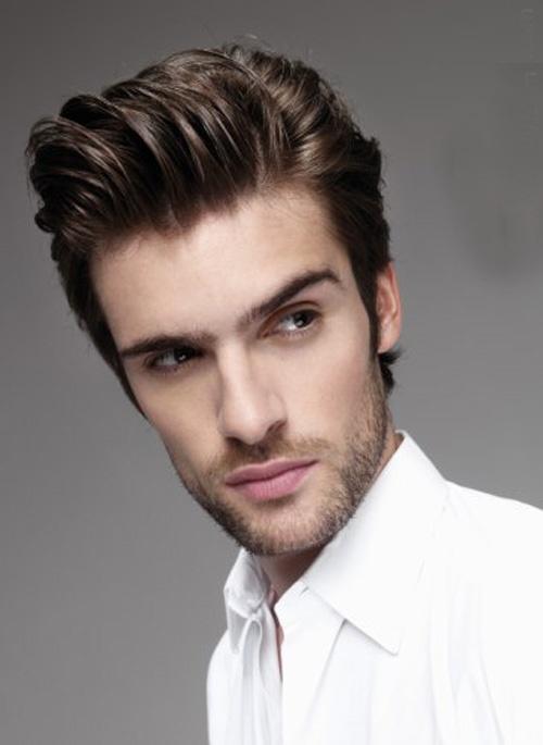 Gaya Rambut Pompadour bagi Pria Berbentuk Wajah Panjang