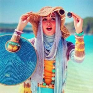Model Baju Pantai Wanita Muda Muslim