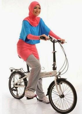 Model Baju Senam Muslim juga Bisa untuk Olahraga Outdoor