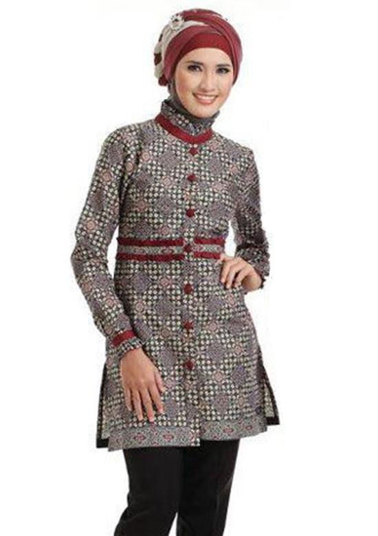 Baju Batik Muslim Wanita yang Menawan