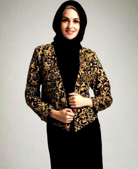 Model Baju Batik Muslim Untuk Wanita Muda yang Simple
