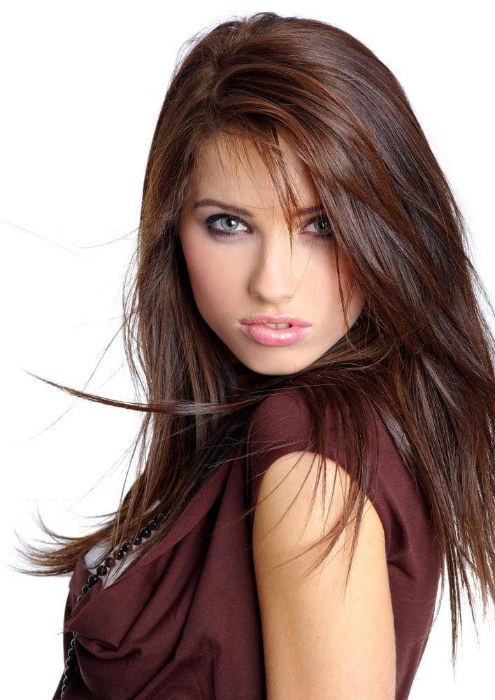 Warna Rambut Coklat Kemerahan untuk Rambut Lurus