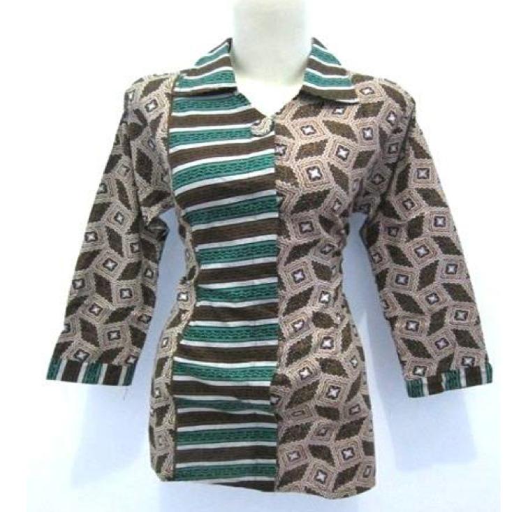 Model baju kantor wanita batik