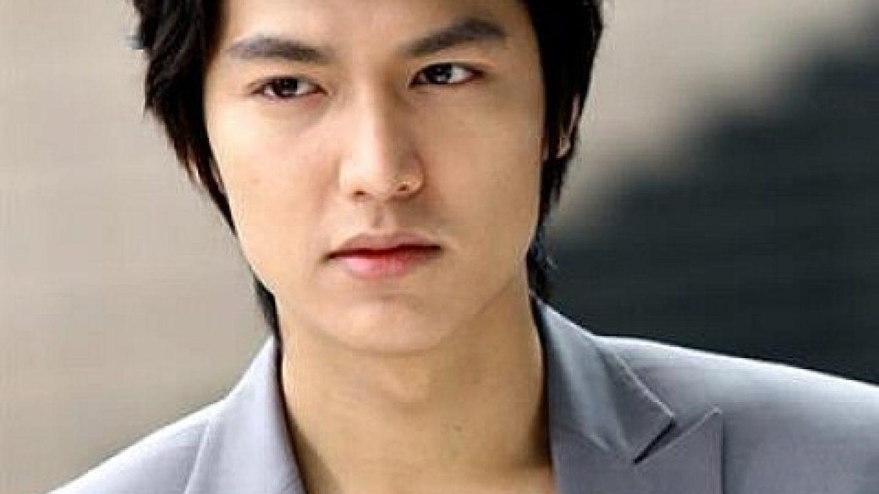 16 Trend Model Rambut Pria Korea Yang Paling Keren Terbaru
