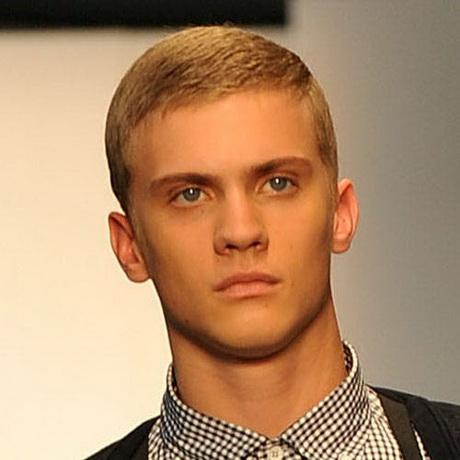 Model Rambut Pendek Pria yang Gagah