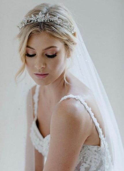 aksesoris-tiara-mahkota-pernikahan